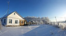 Free Winter Dacha Royalty Free Stock Photo - 4940995