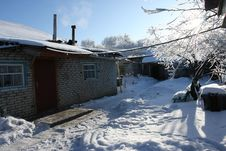 Free Winter Dacha Stock Images - 4941004
