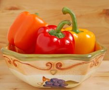 Free Peppers In Bowl Royalty Free Stock Photo - 4941955