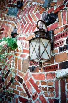 Free Brick Wall Lamp Stock Photography - 4942462