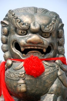 Free Chinese Lion Statue Stock Photos - 4943453