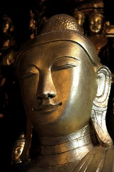 Free Myanmar, Pindaya: 8000 Buddha S Cave Royalty Free Stock Photos - 4943458