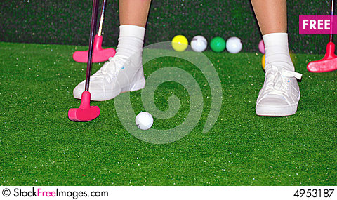 Free Golfer In Action Royalty Free Stock Photography - 4953187