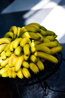 Free Bunch Of Bananas Stock Image - 4958921