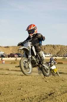 Free Dirt Bike Racer Royalty Free Stock Photo - 4963595