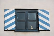 Free Window With Shutters Royalty Free Stock Photography - 4966587