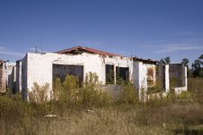 Free Derelict House Royalty Free Stock Image - 4967696