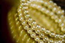 Free Pearl Bracelet Stock Photo - 4971650