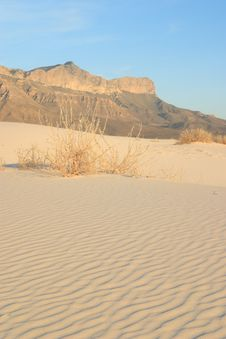 Free Gypsum Sand Dunes Stock Image - 4972981