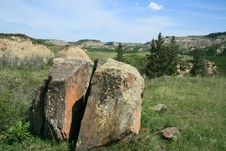 Free Split Rock Royalty Free Stock Photo - 4973255