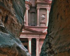Free Petra Treasury In Jordan Stock Photography - 4976852