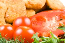 Free Chicken Nuggets With Vegetables Royalty Free Stock Images - 4986439