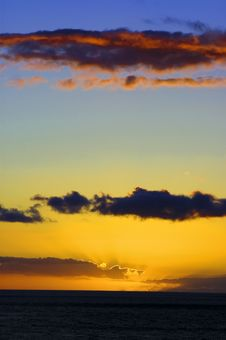 Free Very Colorful Sunset Royalty Free Stock Photography - 4988667