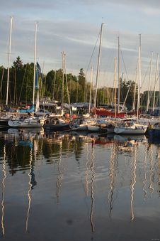 Free Yachts In Harbor Royalty Free Stock Photos - 4990648