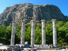 Free Greek Ruins Royalty Free Stock Photo - 4992375