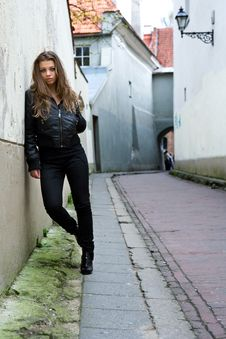 Free Portrait Of The Girl Near Wall Stock Photos - 4993643