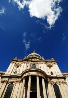 Free St Pauls Cathedral London United Kingdom Royalty Free Stock Photo - 4994105