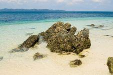 Free Stones Coastline Royalty Free Stock Photography - 4994207