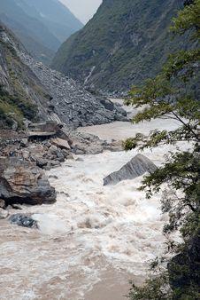 Free Canyon In Yunnan China Royalty Free Stock Images - 4994379