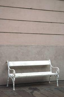 Free White Bench 01 Stock Photo - 4997680