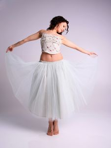Free Beautiful Ballerina Royalty Free Stock Photography - 4998797