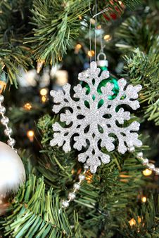 Free Snowflake Ornament Royalty Free Stock Photography - 52207