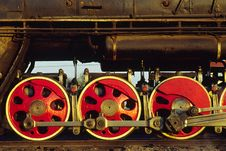Free Team Train Wheels Royalty Free Stock Image - 5000666