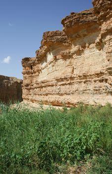 Free Desert Rock Royalty Free Stock Image - 5004396