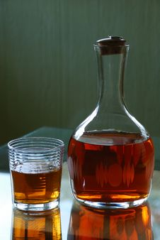 Free Carafe With Whiskey Royalty Free Stock Photography - 5006517