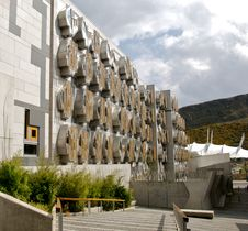 Free Back Of Scottish Parliament Building Royalty Free Stock Image - 5006556