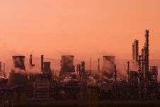 Free Grangemouth BP Oil Refinery Sunset Royalty Free Stock Photography - 5008997