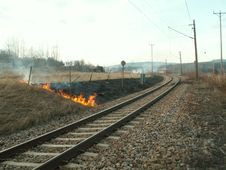 Free Railroad Burning! Royalty Free Stock Photography - 5009757