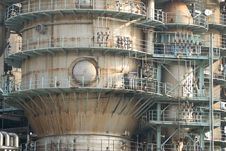 Free Gas Factory Royalty Free Stock Images - 5009889