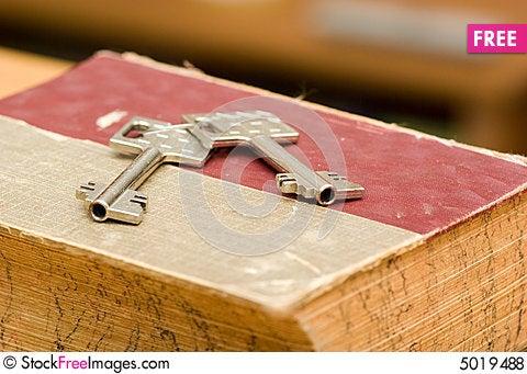 Key-from-safe-deposit-box-thumb5019488.j