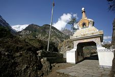 Free Buddist Monastery, Annapurna Royalty Free Stock Images - 5021579