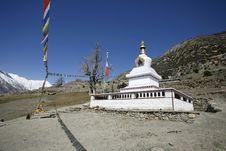 Free Buddist Monastery, Annapurna Royalty Free Stock Photography - 5021727