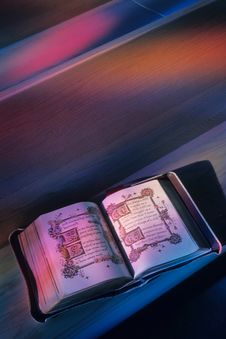 Free Holy Bible Stock Images - 5023804