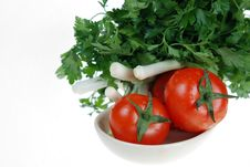Free Fresh Tomato, Onions, Parsley Royalty Free Stock Photography - 5025947