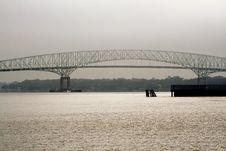 Free Modern Bridge Over Water Stock Photo - 5026640