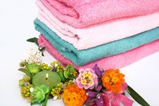 Free Towels Royalty Free Stock Images - 5028019