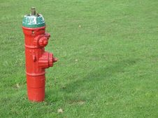 Free Red Fire Hydrant Royalty Free Stock Photo - 5028085