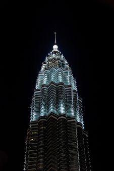 Free Petronas Twin Towers In The Night Stock Image - 5028741