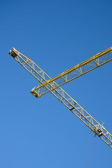 Free Yellow Cranes Against Blue Sky Stock Photo - 5030170