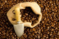 Free Coffee Bag With Spade Royalty Free Stock Photography - 5030787