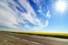 Free Beautiful Sunny Day Royalty Free Stock Photography - 5033527