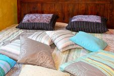 Free Double Bed Royalty Free Stock Photos - 5034488
