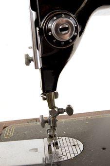 Free Old Sewing Machine Royalty Free Stock Image - 5034976