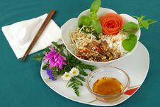 Free Veggie Noodle Duck Stock Photo - 5035350