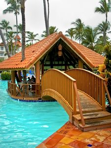 Free Resort Swimming Pool And Hut Stock Photos - 5035773