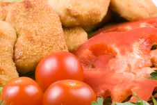 Free Chicken Nuggets With Vegetables Royalty Free Stock Image - 5038566